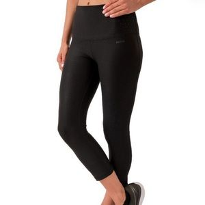 Capri leggings for sport Size L